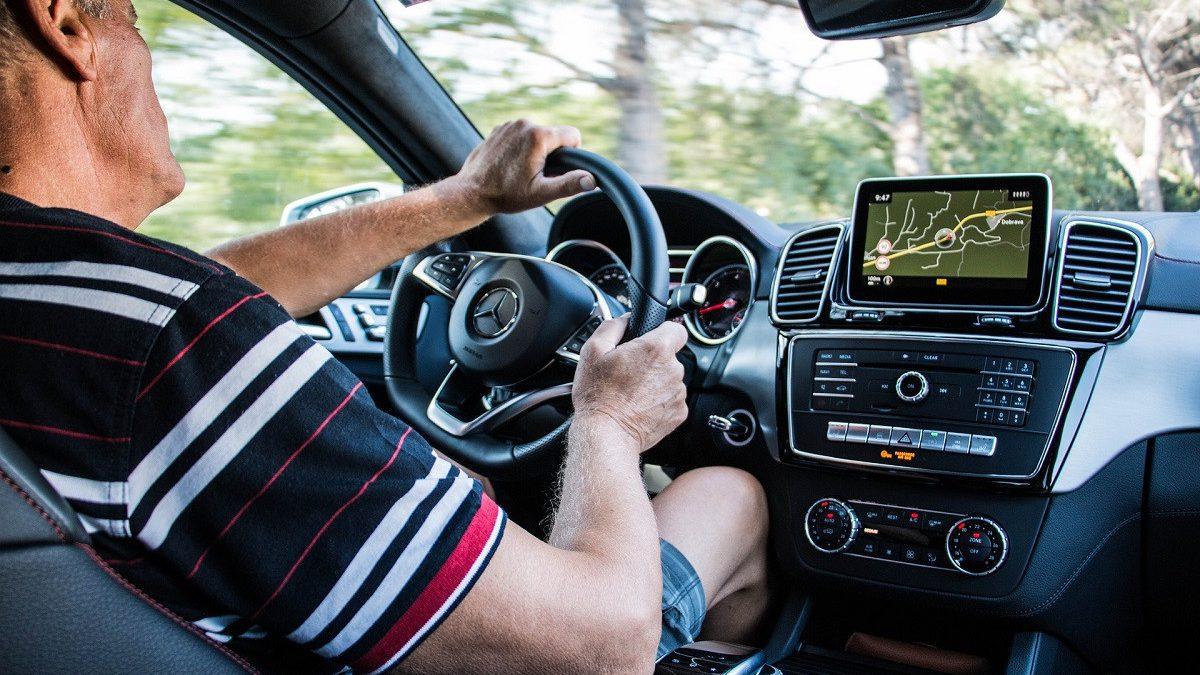 J2wzv1vo Chauffeur Uber 1200x675