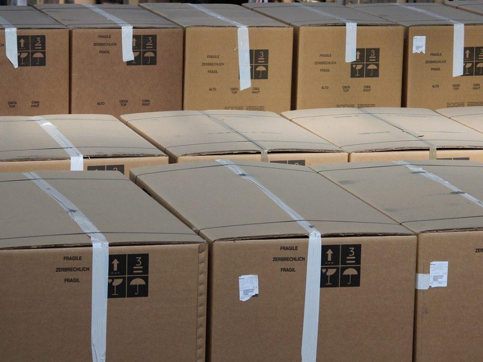 Koerier verduistert ruim 500 telefoons, Eijkhout & Partners